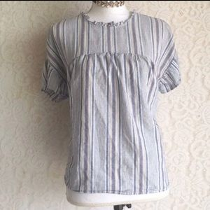 Vertical striped blue blouse puff sleeve
